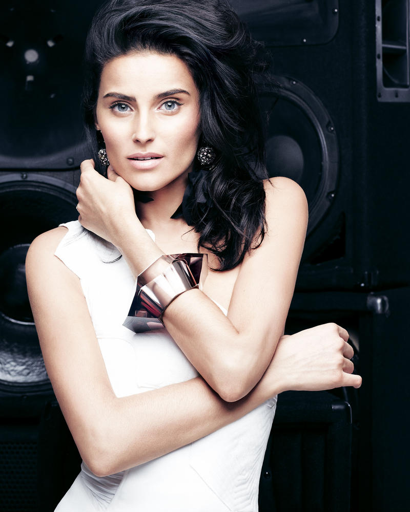 STEAL HER STYLE: NELLY FURTADO