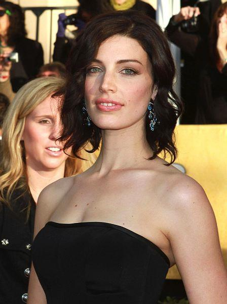 Jessica Paré Talks Mad Men and Mounties
