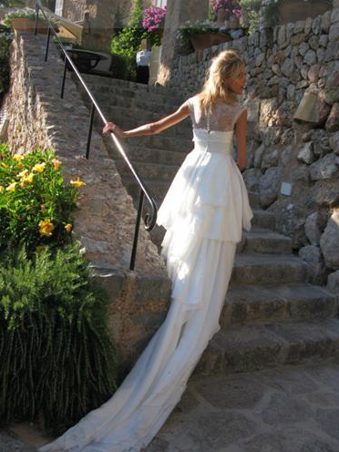 Would You Wear It: Mullet-Cut Wedding Gown