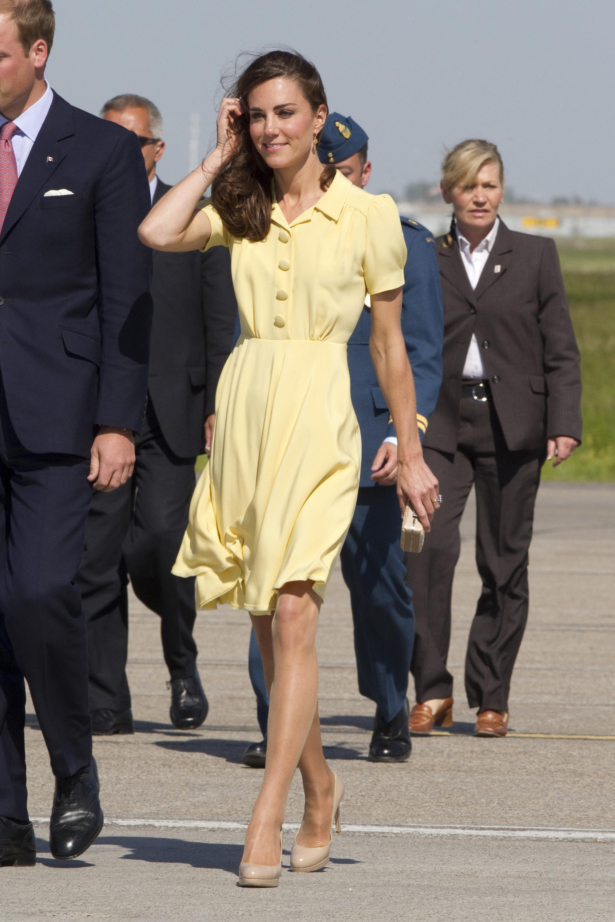 Kate Middleton Style Tips: Neutral Pumps