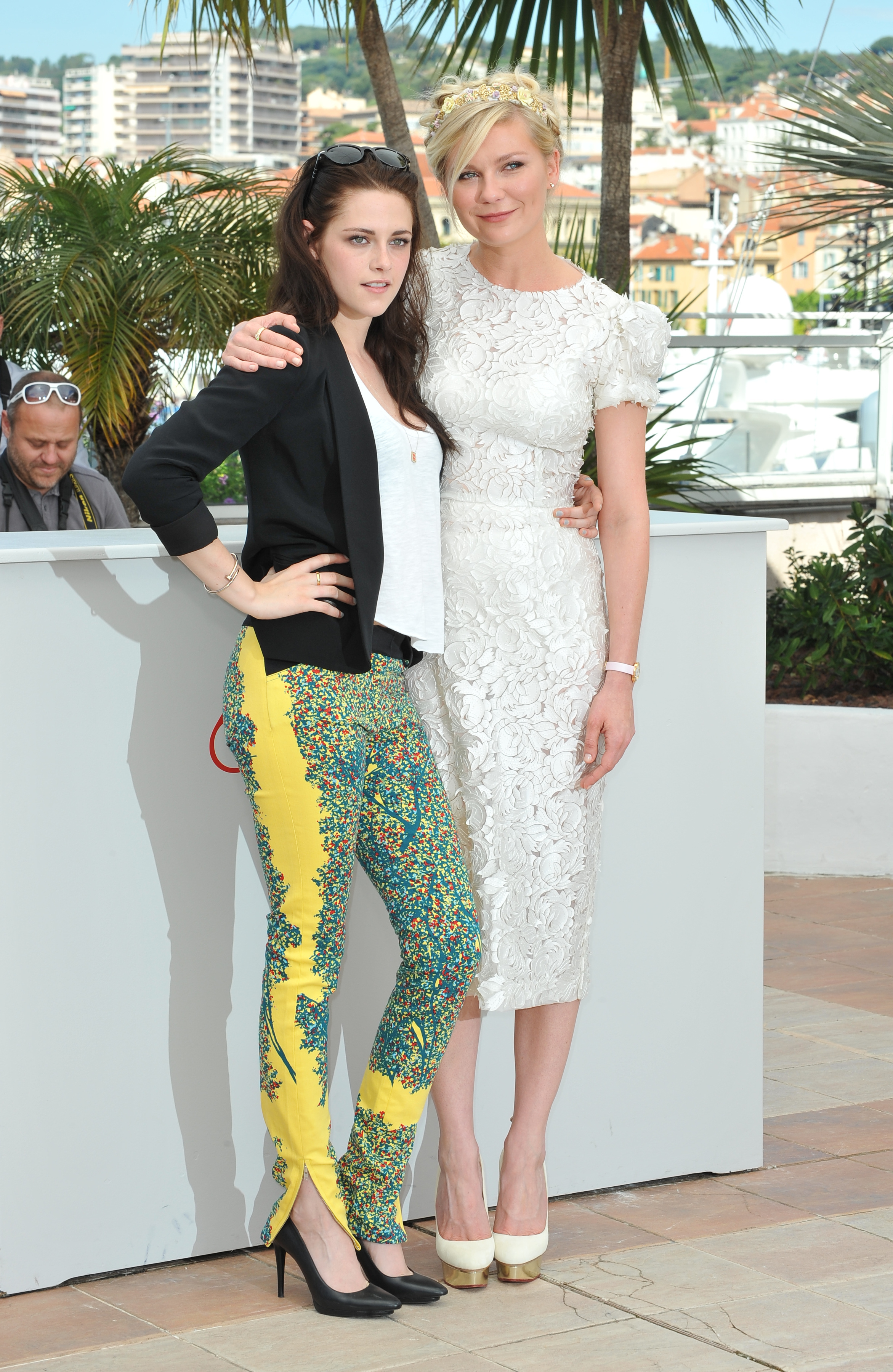 """Kristen Stewart and Kirsten Dunst at the photo call for their new movie """"On The Road"""""""