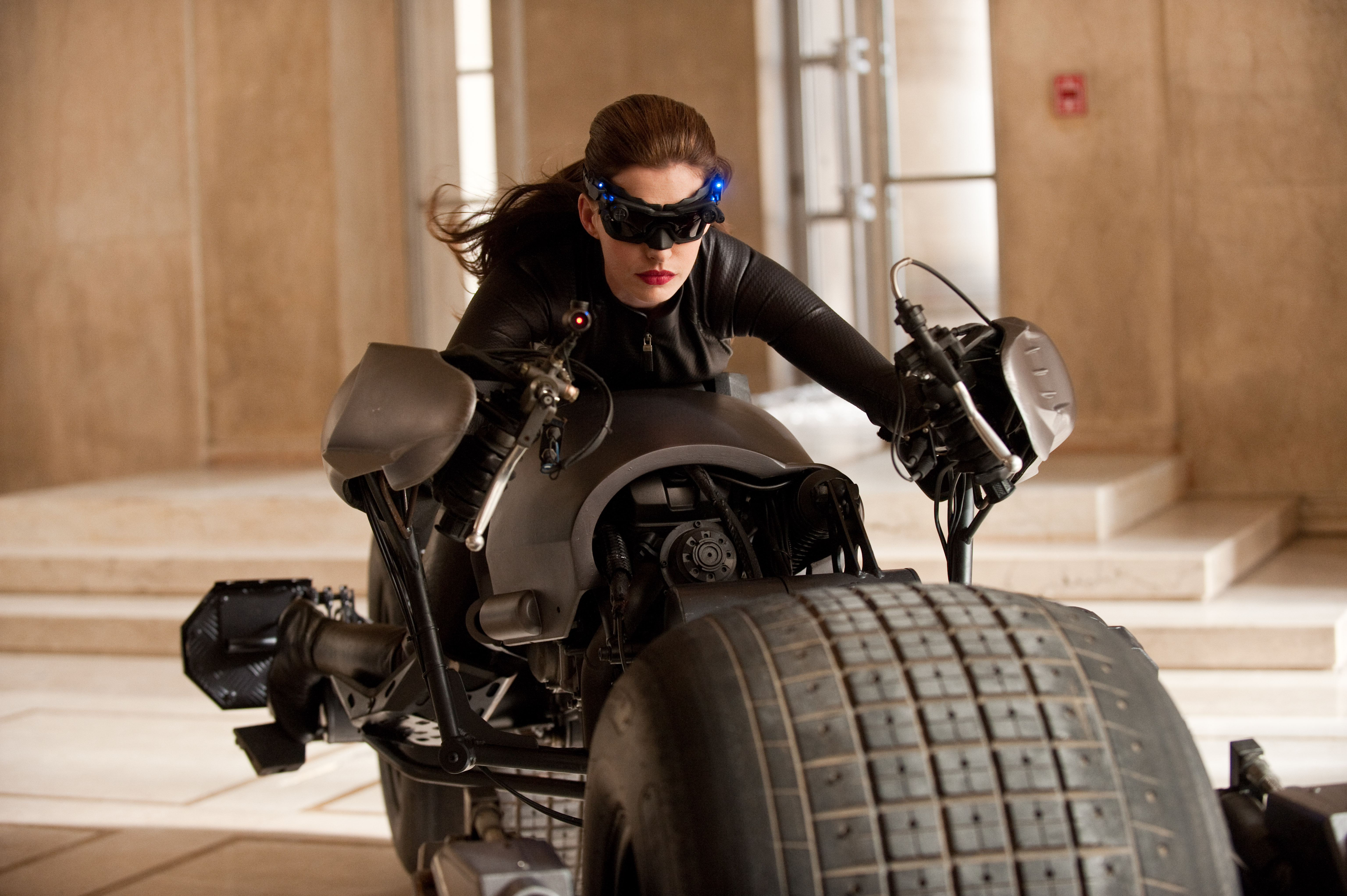 Summer's Top 8 Female Action Heroes 2012: Anne Hathaway as Catwoman