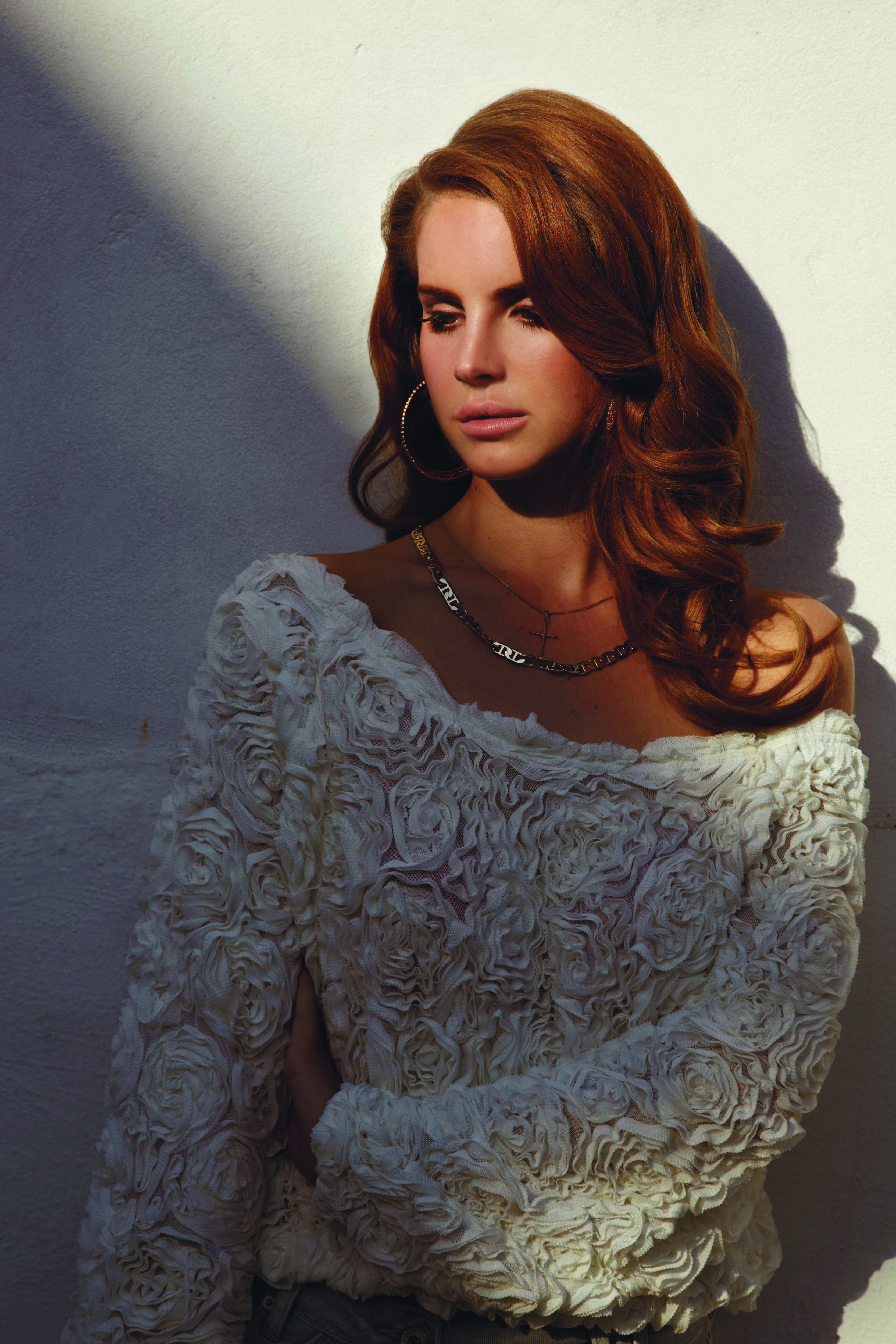 Is Lana Del Rey The New Face Of H&M?