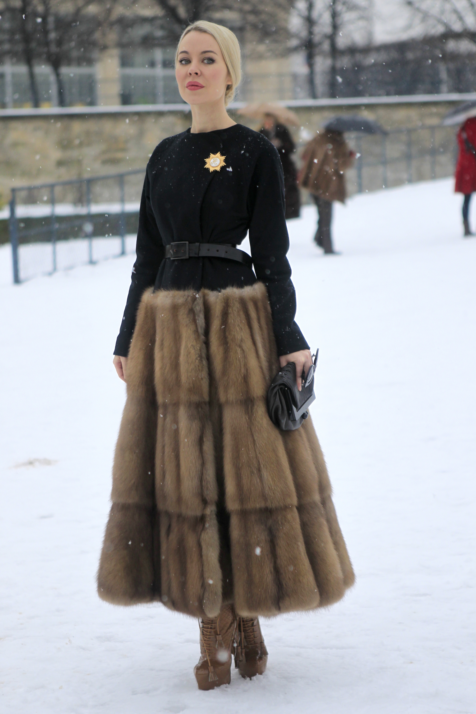 <b>Street Style at Haute Couture Spring 2013</b>
