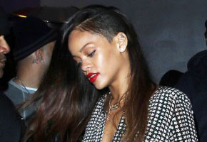 Hairstyle of the Week: Rihanna's Shaved Head & Extensions