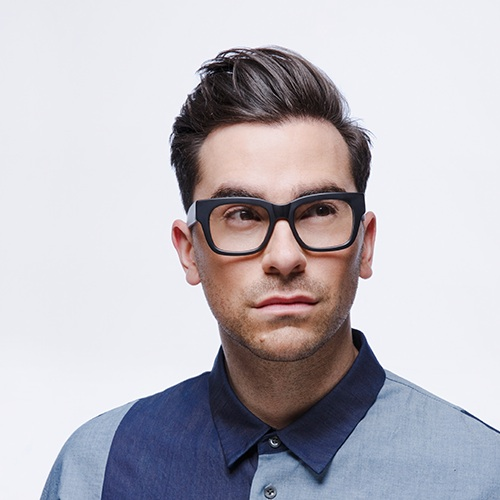 Dan Levy in his Whitehall frame (matte black)