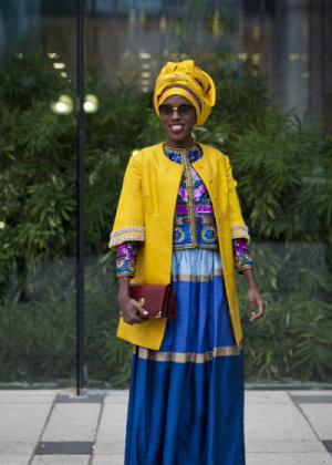 Toronto Fashion Week: Street Style At The Tents, Day 1