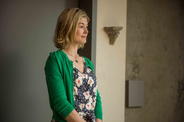Rosamund Pike as Clara in Hector and the Search for Happines (Photo: eOne Films)