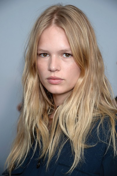 Anna Ewers By Karl Lagerfeld For: The Buzzy Spring Haircut You Can Do Yourself