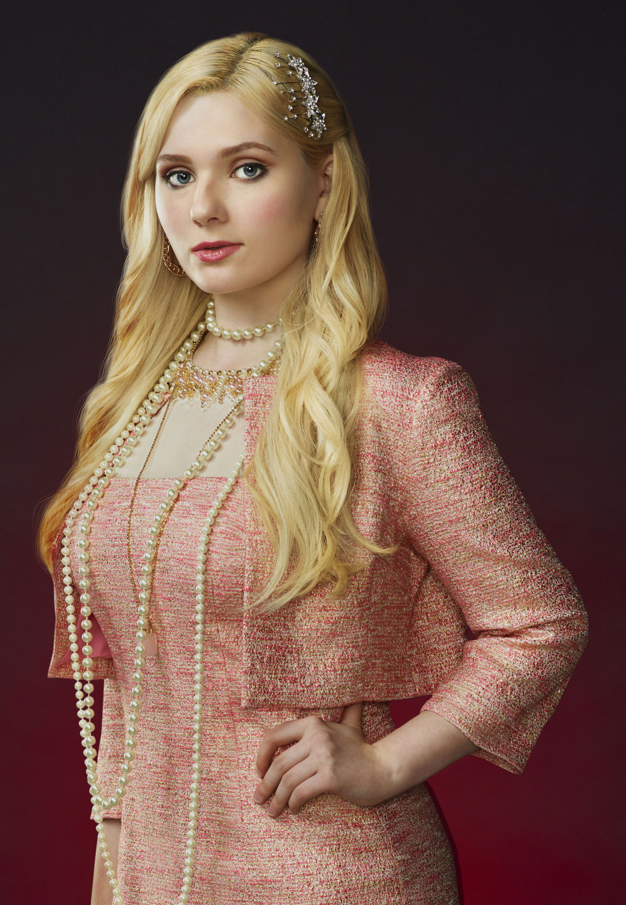 Abigail Breslin as Chanel #5 (Photo: Matthias Clamer/FOX)