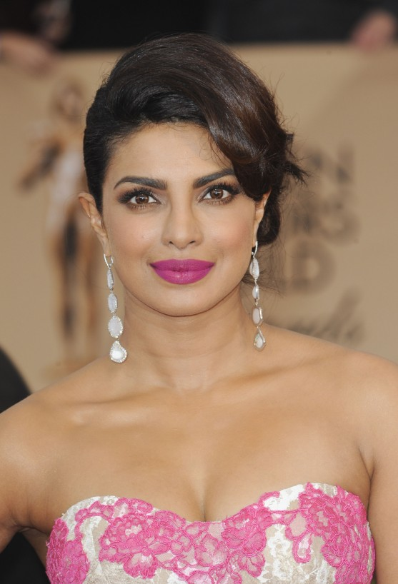 Priyanka Chopra Makeup And Hair Looks To Copy Now Flare