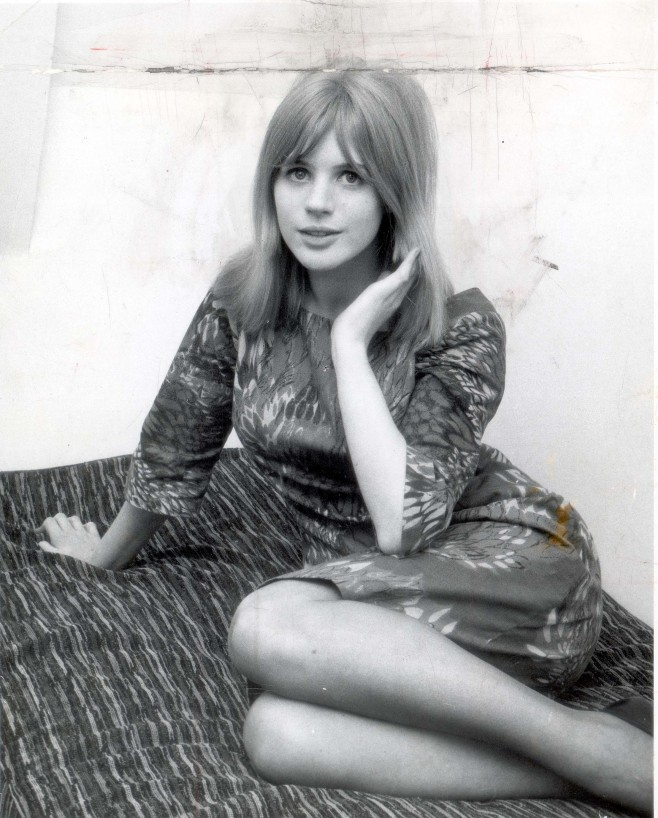 How To Dress Like A Fashion Icon Marianne Faithfull