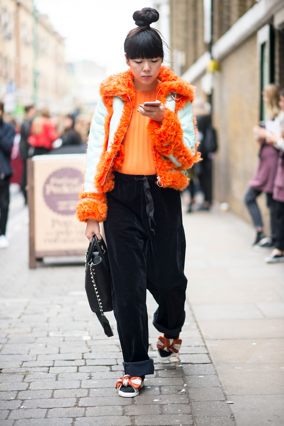 London Fashion Week Street Style Spring 2017 Our Fave Looks Flare