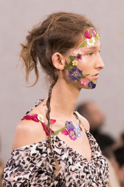 preen flower makeup