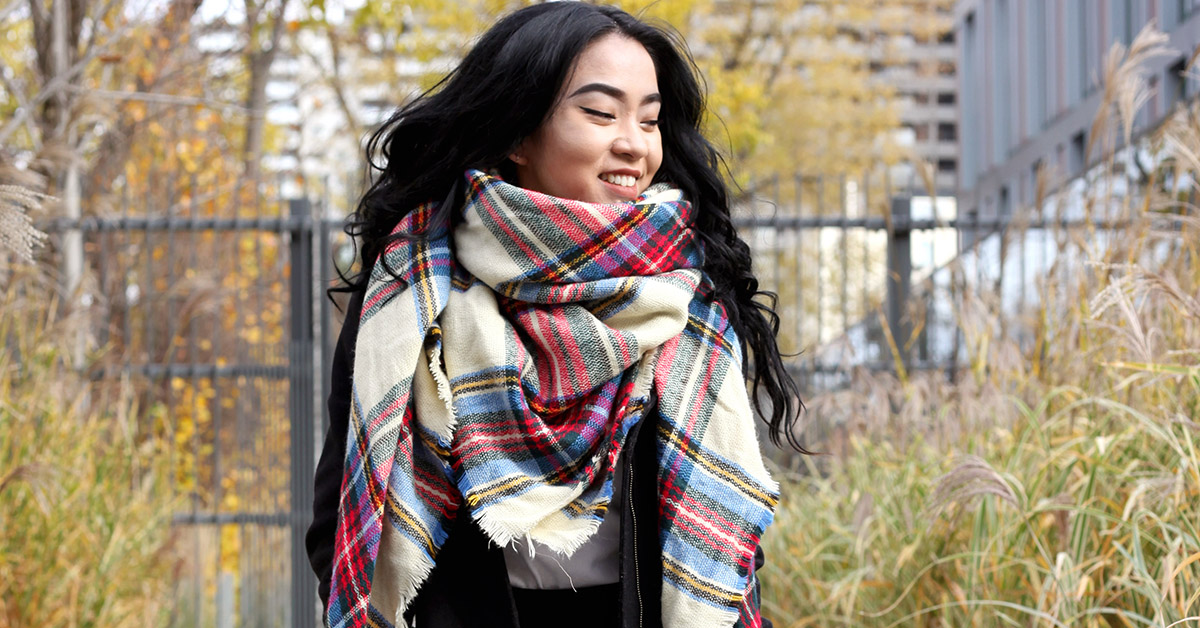 How To Wear A Blanket Scarf 101 6 Easy Ways To Rework A Classic