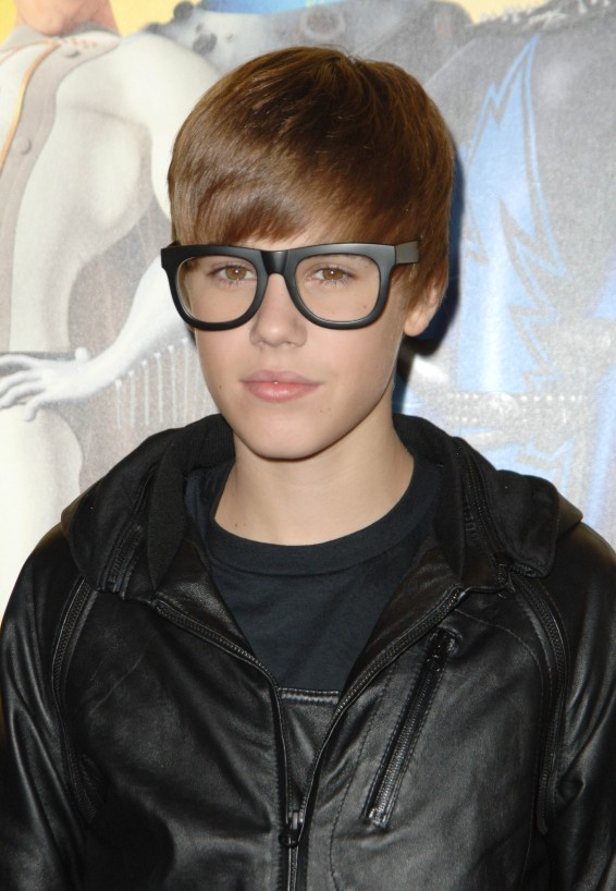 Justin Bieber Hair Transformations: The Best (And Worst