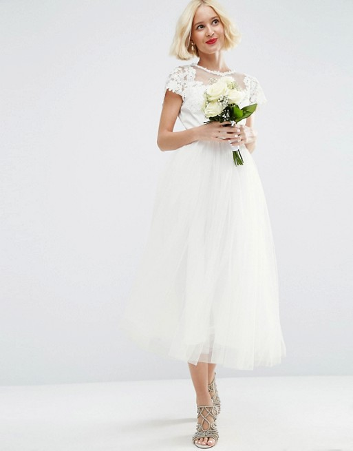 10 Sweet And Simple Wedding Dresses Under 1000