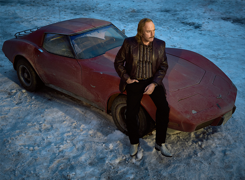 Ewan McGregor Fargo Interview: Ray Poses With His Beloved, Ill-Fated Corvette