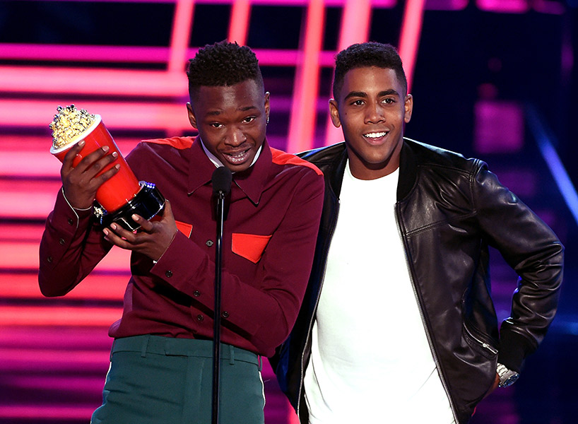 Moonlight wins Best Kiss at the MTV Movie and TV Awards; inline image 1