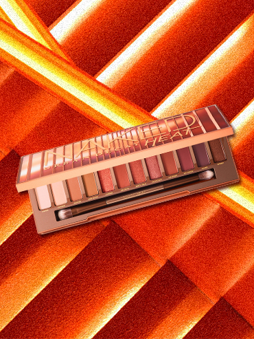 REVIEW: Urban Decay Naked Ultraviolet Palette | Slashed Beauty