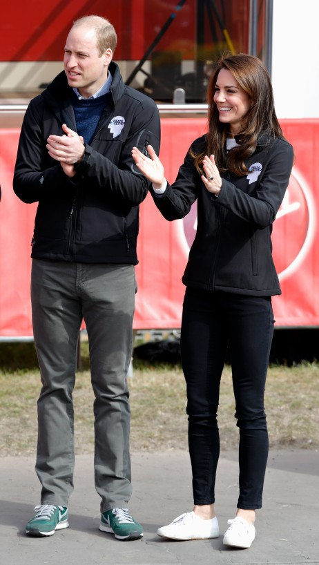 LONDON, UNITED KINGDOM - APRIL 23: (EMBARGOED FOR PUBLICATION IN UK NEWSPAPERS UNTIL 48 HOURS AFTER CREATE DATE AND TIME) Prince William, Duke of Cambridge and Catherine, Duchess of Cambridge attend the start of the 2017 Virgin Money London Marathon on April 23, 2017 in London, England. The Heads Together mental heath campaign, spearheaded by The Duke & Duchess of Cambridge and Prince Harry, is the marathon's 2017 Charity of the Year. (Photo by Max Mumby/Indigo/Getty Images)