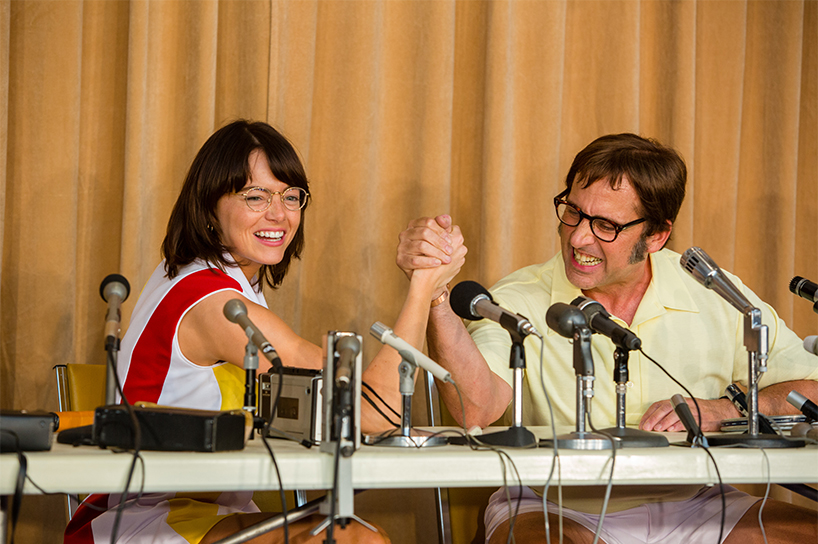 Battle of the Sexes review: In a still from the movie, Emma Stone arm wrestles with Steve Carell