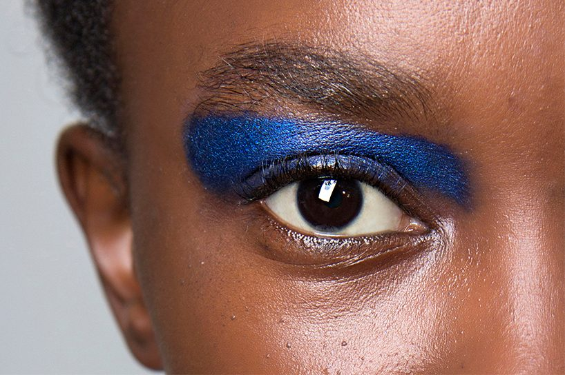 A cobalt-blue eye look from Marni's Spring 2018 show