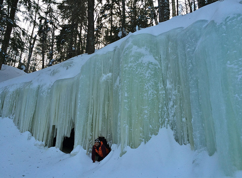 The best winter activities in Canada include the ice caves in New Brunswick