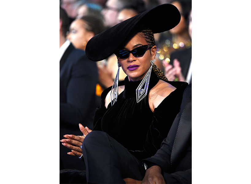 beyonce at grammys dress inspired by black panthers