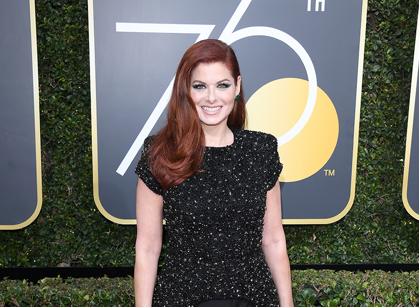 debra messing golden globes red carpet