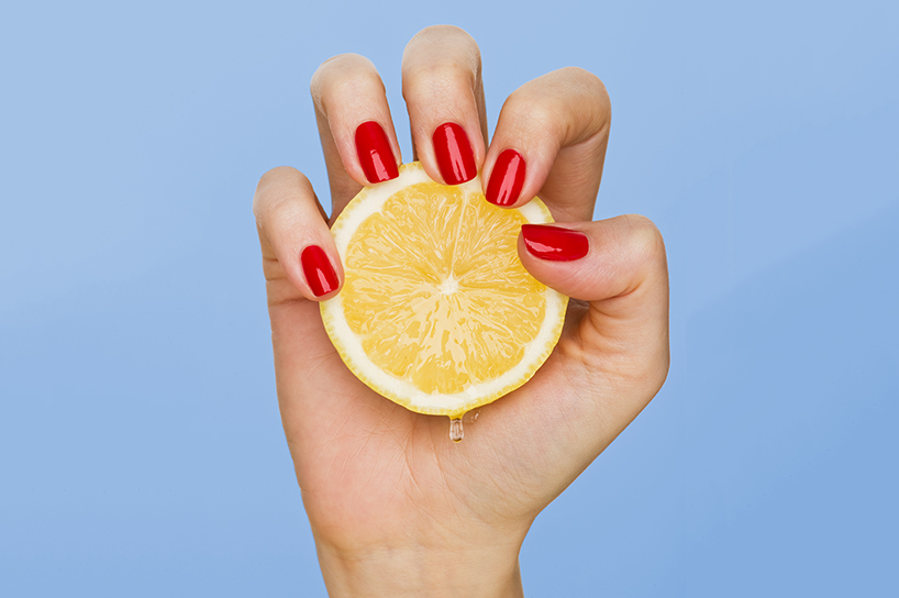Don't know How to fix yellow nails? Try lemon juice