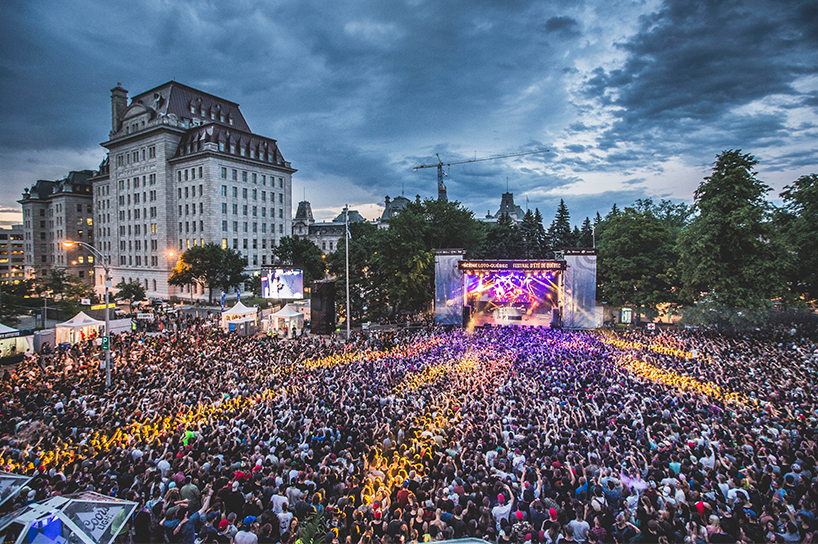 A picture of one of the summer music festivals in Quebec
