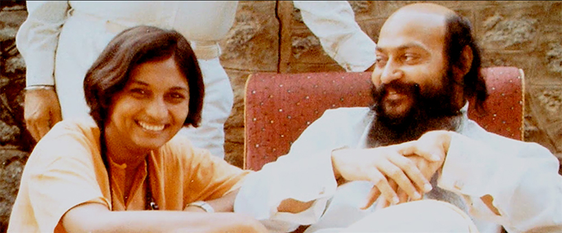 A still from Wild, Wild Country Netflix docuseries of Ma Anand Sheela and Bhagwan Shree Rajneesh