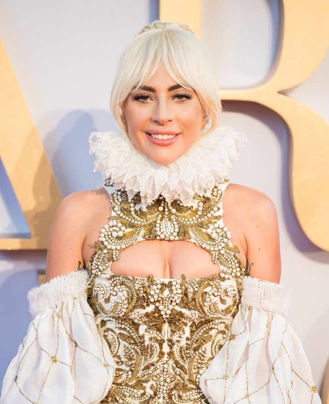 Lady Gaga, star is born, Premier, red carpet