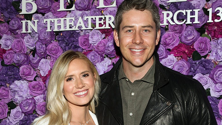 bachelor babies 2020: Arie and Lauren Luyendyk pose on the red carpet